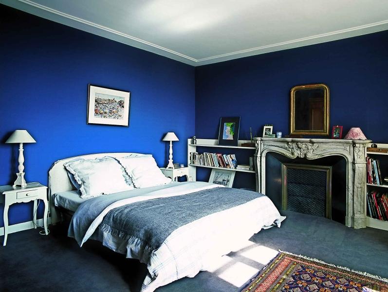 Оттенки синего в спальне