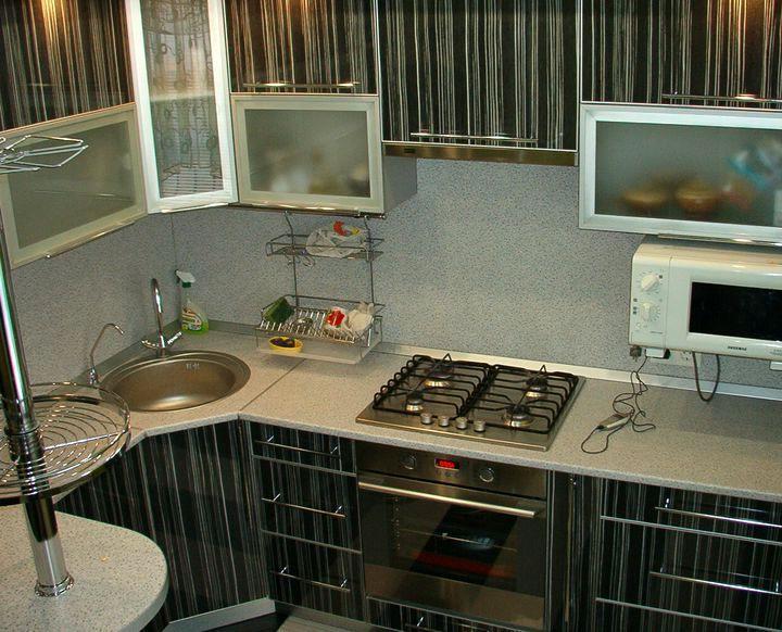 Угловая кухня для малогабаритной кухни своими руками 14