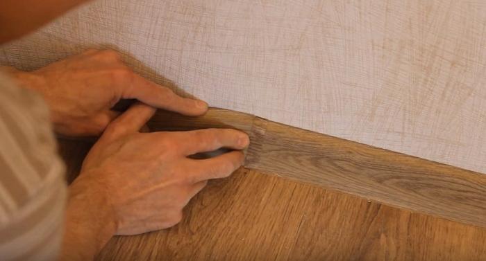 Монтаж плинтуса пластикового своими руками пошаговая инструкция 870