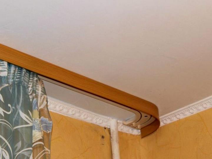 Как выбрать скрытые карнизы, настенные, потолочные, для штор.