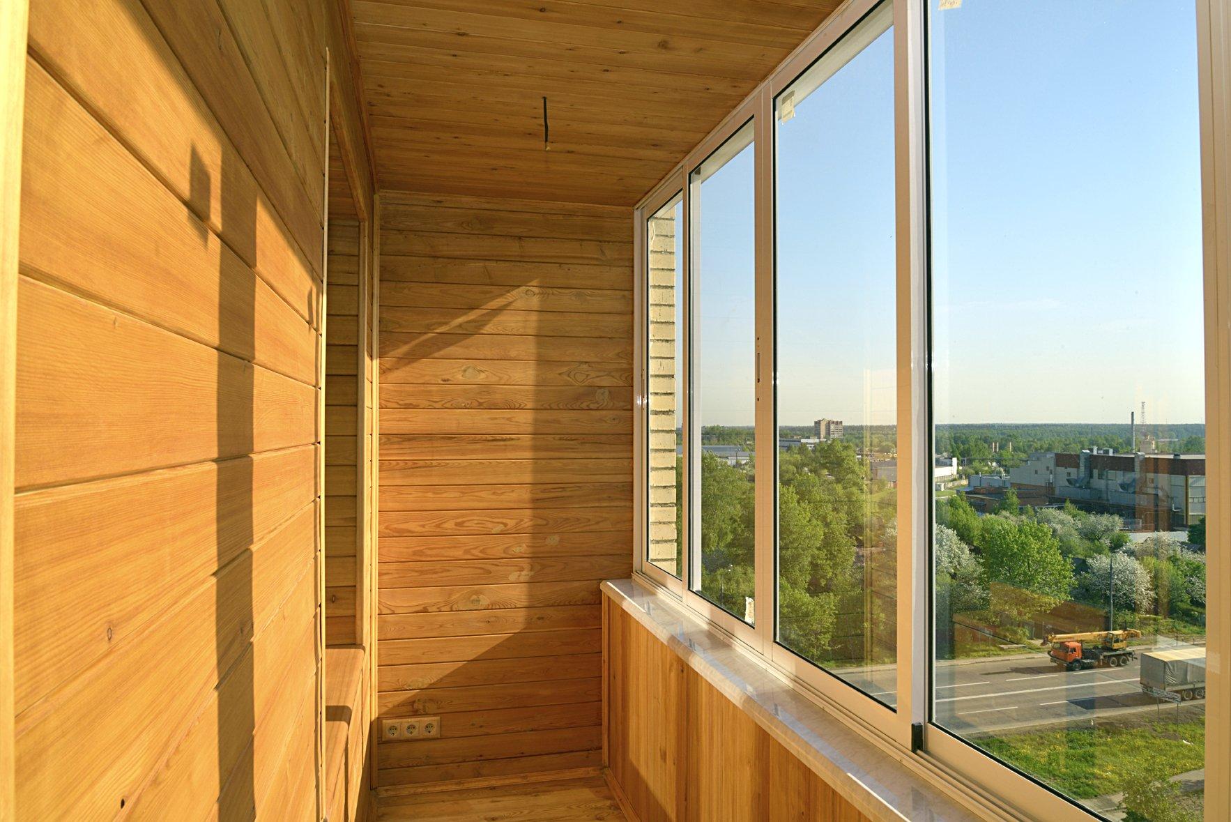 Как сделать холодное остекление балконов и лоджий.